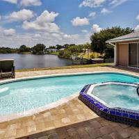 Port Charlotte Home with Views, Heated Pool and Spa!, hotel in Port Charlotte