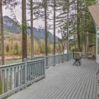 Gold Bar 'Wild Sky River Home' with Deck & Views!