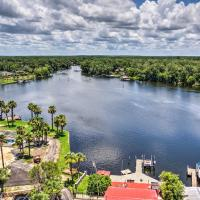 Homosassa River Home with Private Boat Ramp and Kayaks
