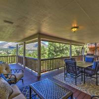 Upscale Flagstaff House with Hot Tub, Deck&Mtn Views!