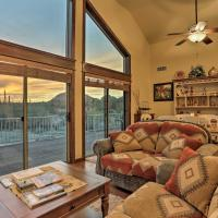 Modern Sonoran Desert Condo with Deck, View and Stables, hotel in Maricopa