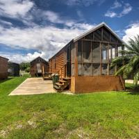 Everglades City Cabin with Screened Porch and Boat Slip