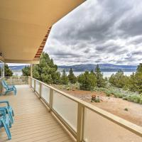 Eagle Lake Home with Lake Views and Trail Access!, hotel in Susanville