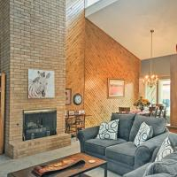 Lubbock Townhome with Grill -5 Mins to TTU & Downtown
