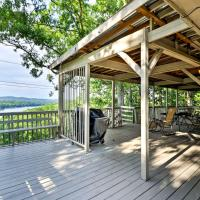 Hot Springs Home with Lake Views, Pool and Golf Access!, hotel in Hot Springs