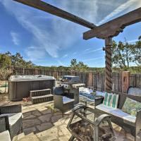Luxe Santa Fe Home with Play Room, Hot Tub and Piano!, hotel in Santa Fe