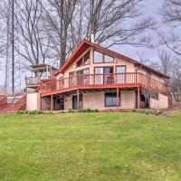 Family Home with Hot Tub - 2 Minutes to Swain Resort!