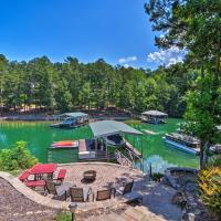Lakefront Keowee Retreat with Dock about 14 Mi to Clemson, hotel in Seneca