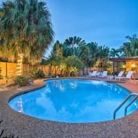 Updated and Private Oakland Park Home about 2 Mi to Beach, hotel in Fort Lauderdale