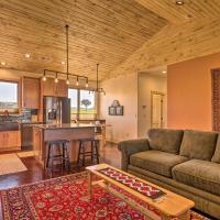 Arkansas River Valley Casita 9-Acre Hayfield!, hotel in Canon City