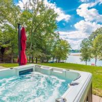 Waterfront Douglas Lake Home with Deck and Private Dock, hotel in Dandridge