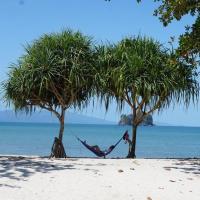Semesta Backpackers, hotel in Tanjung Rhu