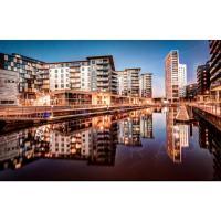 Modern Deluxe Leeds Dock Apartment Free Parking