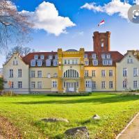 Schloss Lelkendorf Apartment Ulrichshusen Maisonette Fewo Mecklenburger Seenplatte mit Dachterrasse