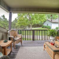 Bella Vista Townhome w and Patio and Golf Course Views!