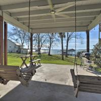 Lakefront Livingston Home with Boat House & Kayaks!