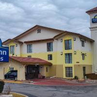 Days Inn & Suites by Wyndham Schaumburg