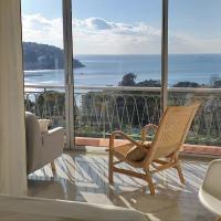 Vue mer exceptionnelle entre Nice et Monaco, hotel in Villefranche-sur-Mer