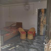 Yellow Stone River Side Home Stay, hotel in Pankhābāri