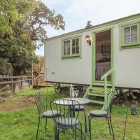 Shepherd's Hut, hotel in Okehampton
