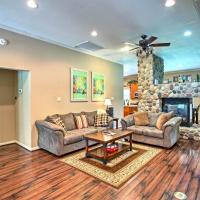 Modern Marshall Home Close to Lakes and Casinos, hotel in Marshall