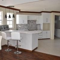 New modern fully equipped 2-bed apartment