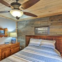 'Cozy Cottage' with Dock and Patio by Indiana Beach, hotel in Monticello