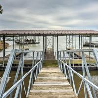 Cozy Dover Home with Boat Dock, Fire Pit and Deck!