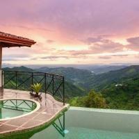 Plantation Villa W Spectacular Views Of Rain Forest And Pacific Ocean w Optional Local Tours, отель в Атенасе