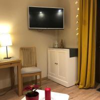 Nowoczesny pokój w spokojnej okolicy, hotel in Chełmno