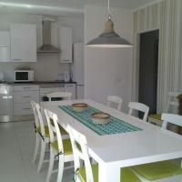 Villa Vora - great value 5 bedroom villa in Puerto Pollensa - close to beach and restaurants