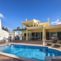 Casa Estombar - Private swimming pool - air conditioning in all bedrooms - wifi, hotel em Estômbar