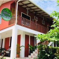 Cabinas ensueños, hotel in Tortuguero