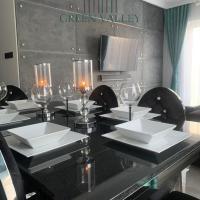 Green Valley LuXury Apartament, hotel in Piła