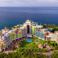 Merit Crystal Cove Hotel Casino & SPA, מלון בקיירניה