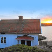 Holiday home SKÄRHAMN, hotel in Skärhamn