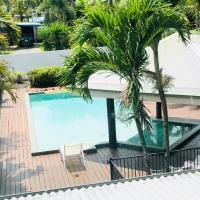 Crazy About Cairns Resort Living - 6 Bedrooms, hotel em Cairns