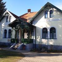 Szalay Villa