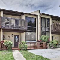 Updated Cape Canaveral Townhome, Walk to the Beach