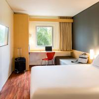 Ibis Monterrey Valle, отель в городе Монтеррей