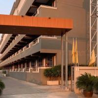 Hotel M Rojana Ayutthaya โรงแรมเอ็ม โรจนะ อยุธยา, hotel in Phra Nakhon Si Ayutthaya