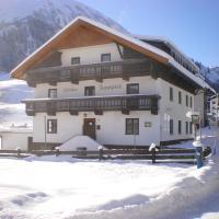 Gästehaus Zugspitzblick, Hotel in Berwang