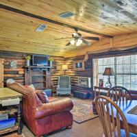 Murfreesboro Cabin with Fire Pit-by Lake Greeson, hotel in Mount Moriah