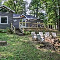 Holcombe Lakefront Cottage - Fishing and Dock!
