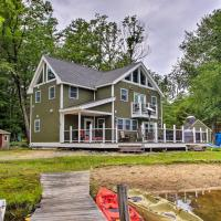 Waterfront Island Home Close to Little Squam Lake!, hotel in Ashland