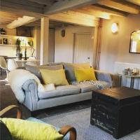Simple, Idyllic Cottage in Hills near Hay-on-Wye