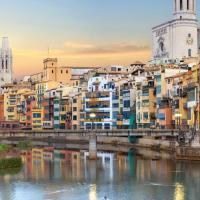 Yellow hollidays Girona