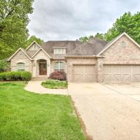 Bentonville Home with Pool Table, 2 Mi to Downtown!