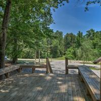 Guntersville Lake Cabin with 3 Fishing Ponds!