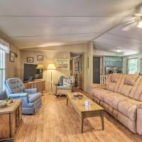 Pet-Friendly House with Dock on Lake Sinclair!